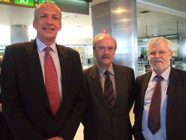 (de izq. a dcha.) Manuel Rodríguez, José Fernando Rodríguez de Azero y Octavio Calderín
