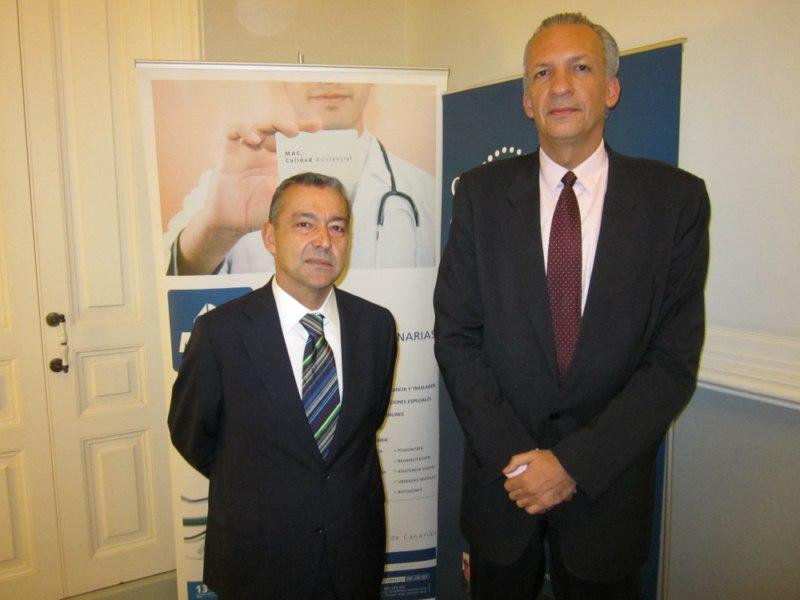 Paulino Rivero, presidente del Gobierno canario, y Manuel Rodríguez