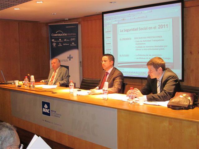 De izquierda a derecha Don Eugeni Felius Armengol – MC Mutual, Don Hector Cazorla Ojeda – Mutua Gallega Don Carlos Escorihuela Garcia – MC Mutual